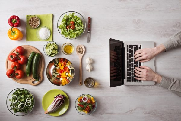 online διατροφή από το dietmet και τη Μαρία Κουφάκη